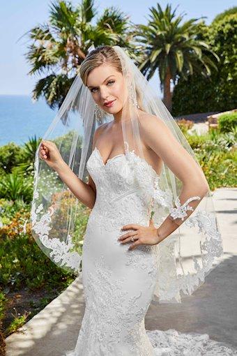 Casablanca Bridal #2404V