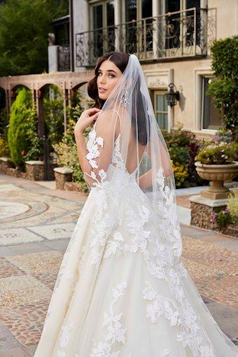 Casablanca Bridal #2409V