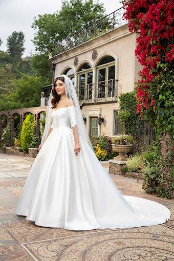Casablanca Bridal #2415V