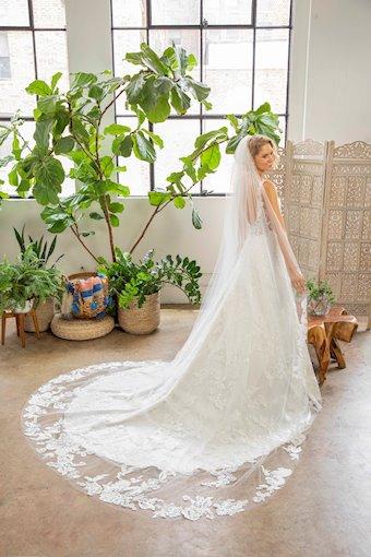 Casablanca Bridal #BL332V