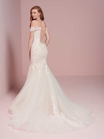 Christina Wu Brides 15724