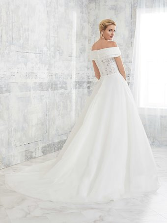 Adrianna Papell Style 31138