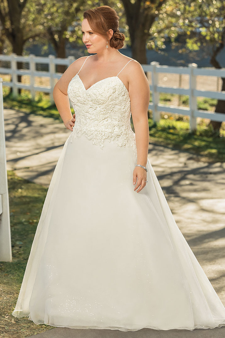 Casablanca Curvy Collection Style #BL271C Image