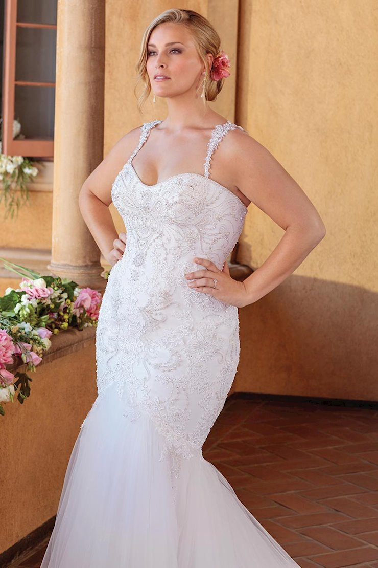 Casablanca Curvy Collection #2320C  Image