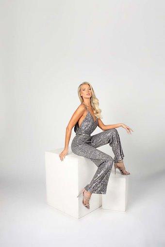 Nicole Bakti Style #6962