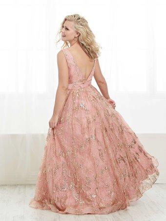 Tiffany Designs Plus Style #16446