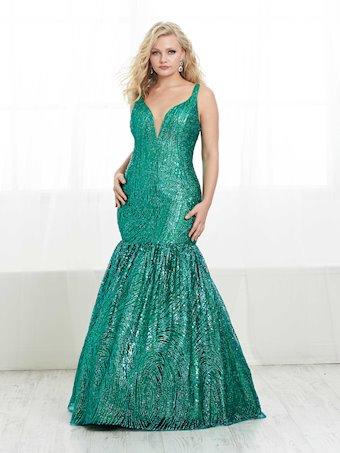 Tiffany Designs Plus Style #16447