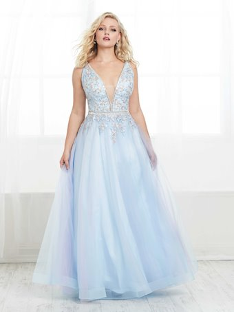 Tiffany Designs Plus Style #16452