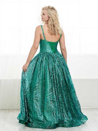 Tiffany Designs Plus Style #16453