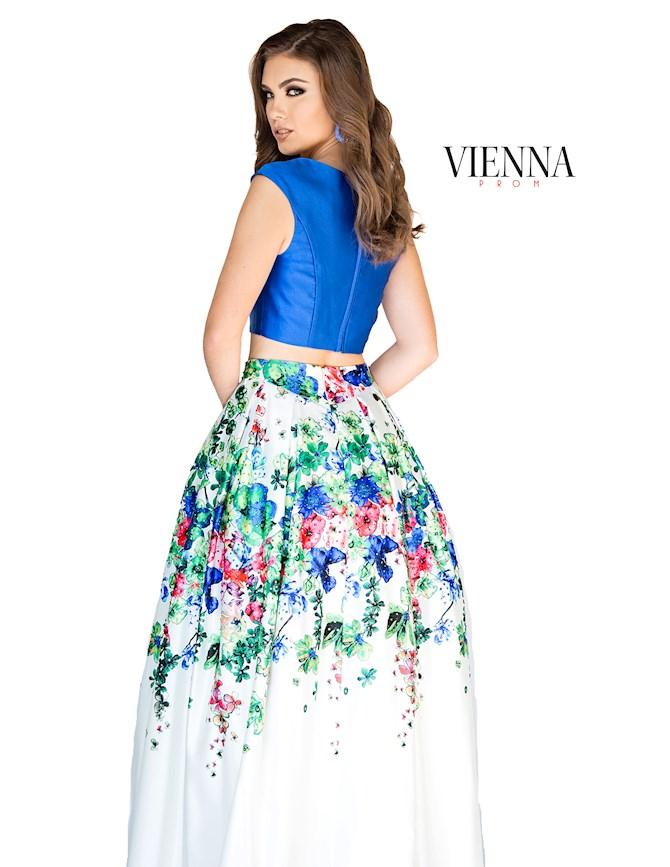 Vienna Prom 7801