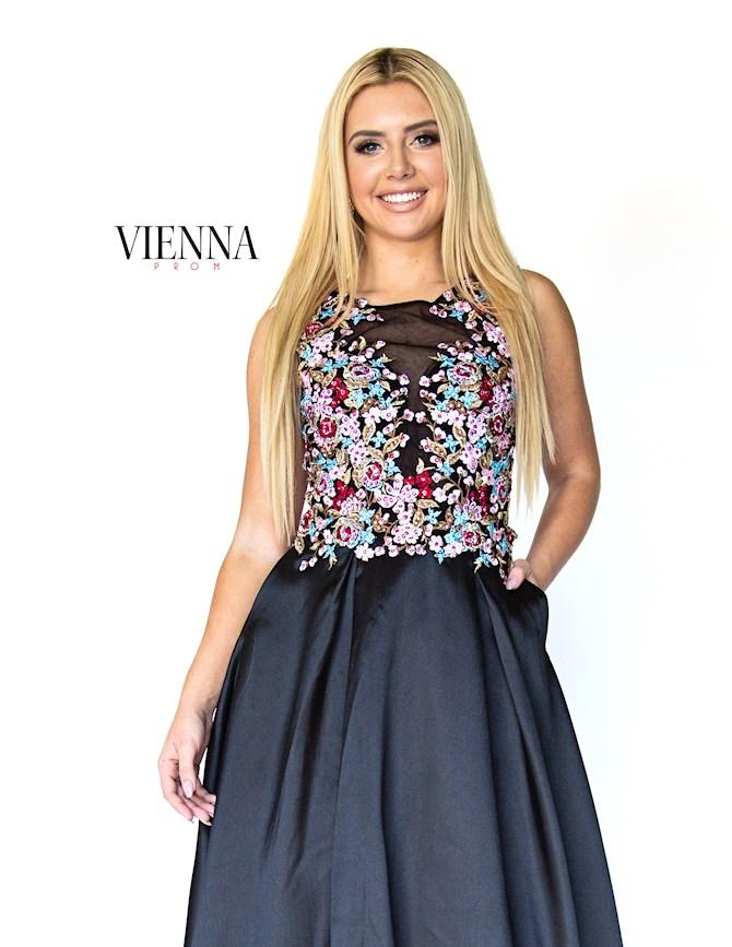 Vienna Prom 7907