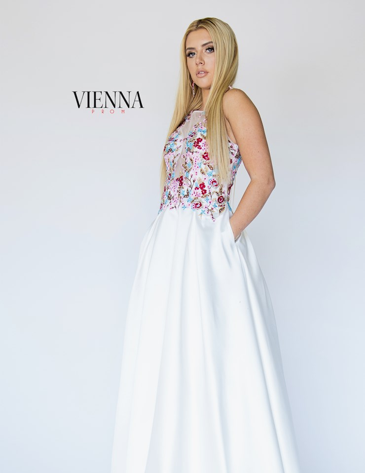 Vienna Prom Style #7907