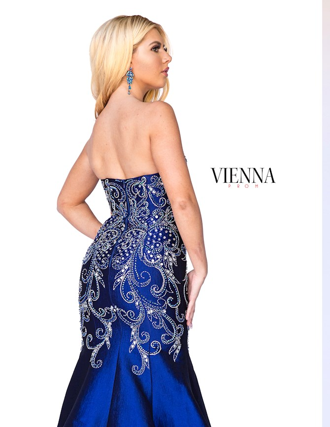 Vienna Prom 8057