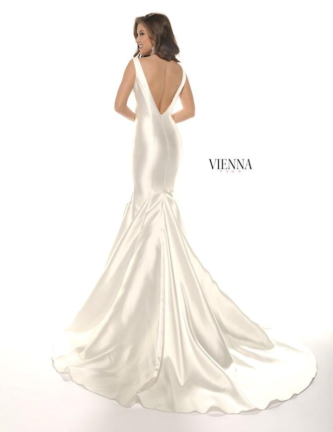Vienna Prom 8251