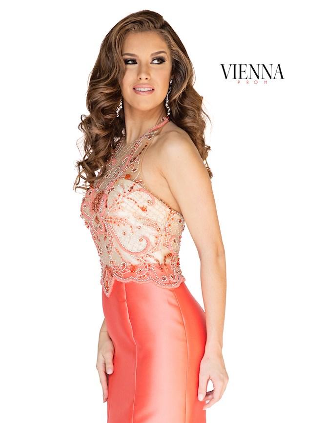 Vienna Prom 8254
