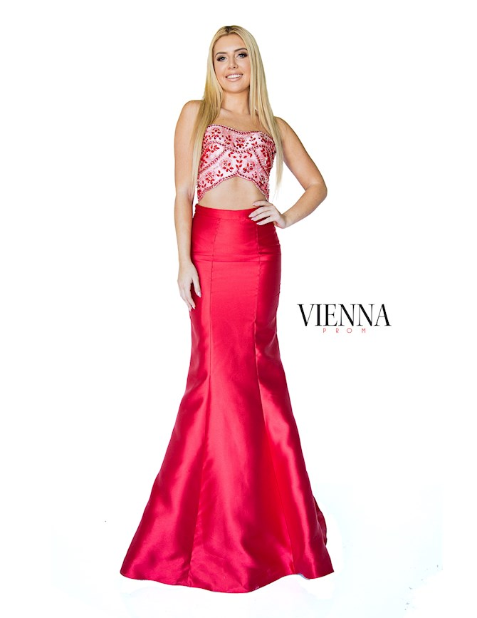 Vienna Prom 8260