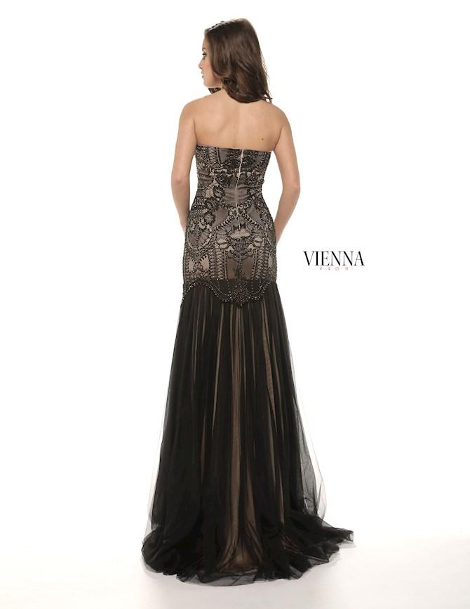 Vienna Prom 8263