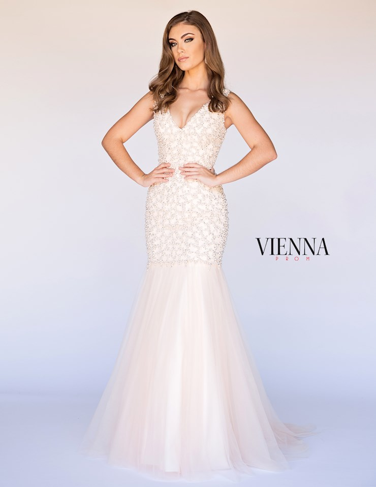 Vienna Prom Style #8269