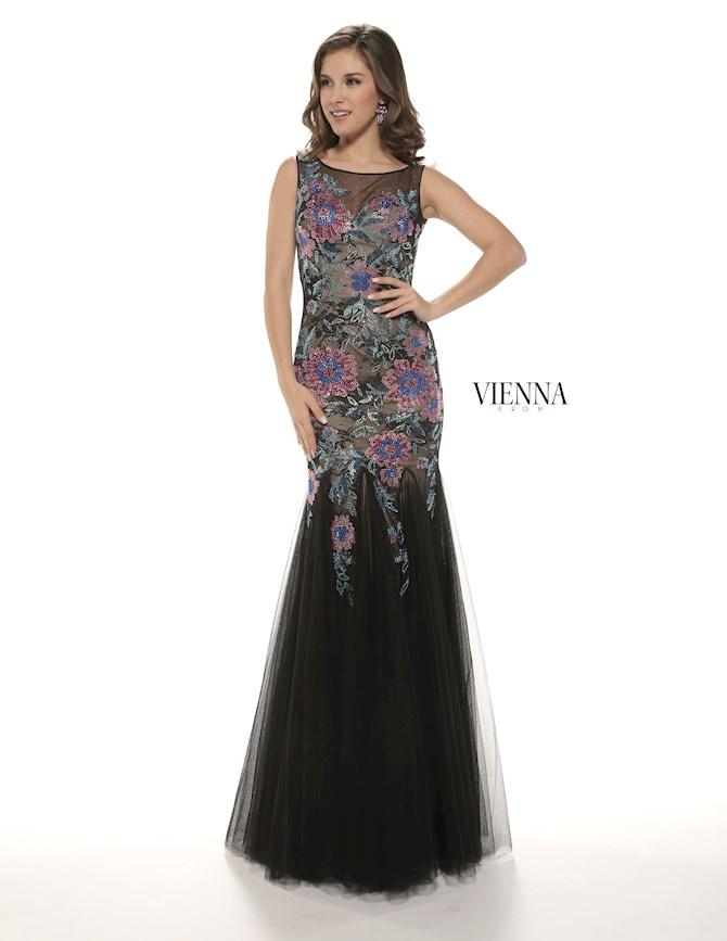 Vienna Prom 8271
