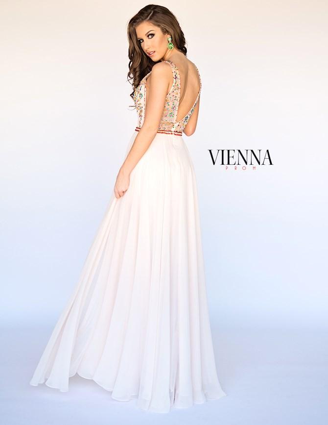 Vienna Prom 8303
