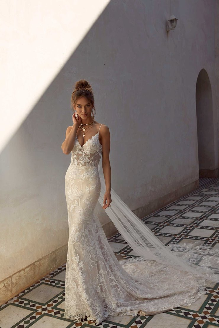 Madi Lane Style #Anya Image