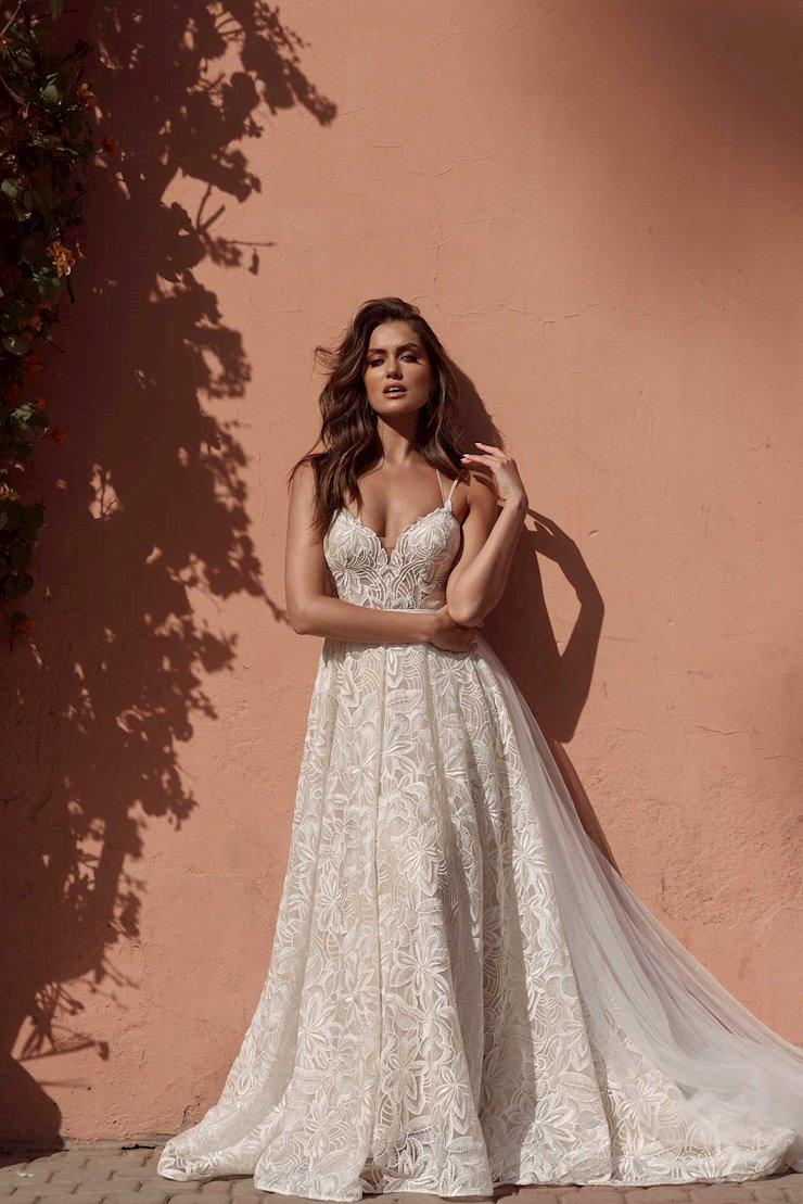 Madi Lane Style #Azaria Image