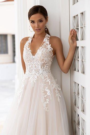 Daniela Di Marino Style #6319