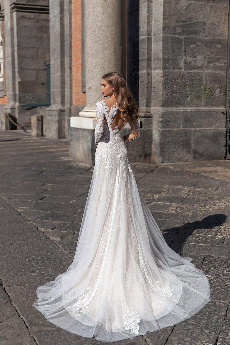 Monica Loretti Style #8138