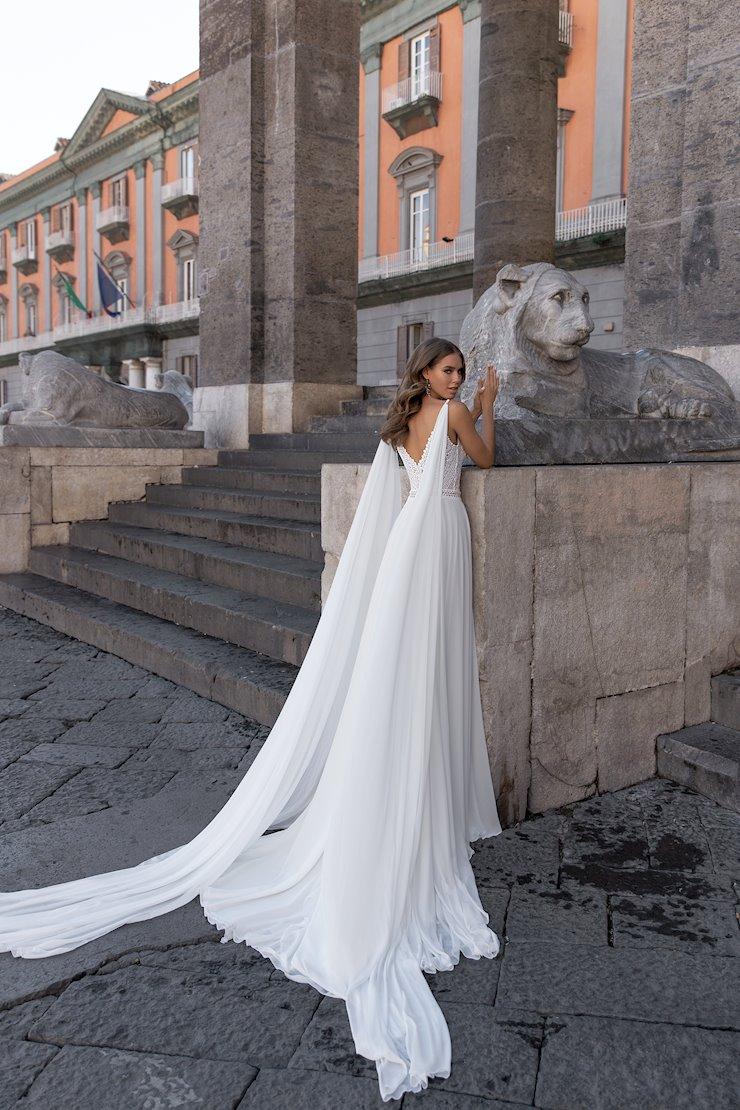 Monica Loretti Style No. 8142 Image