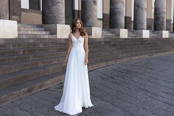 Monica Loretti Style No. 8145