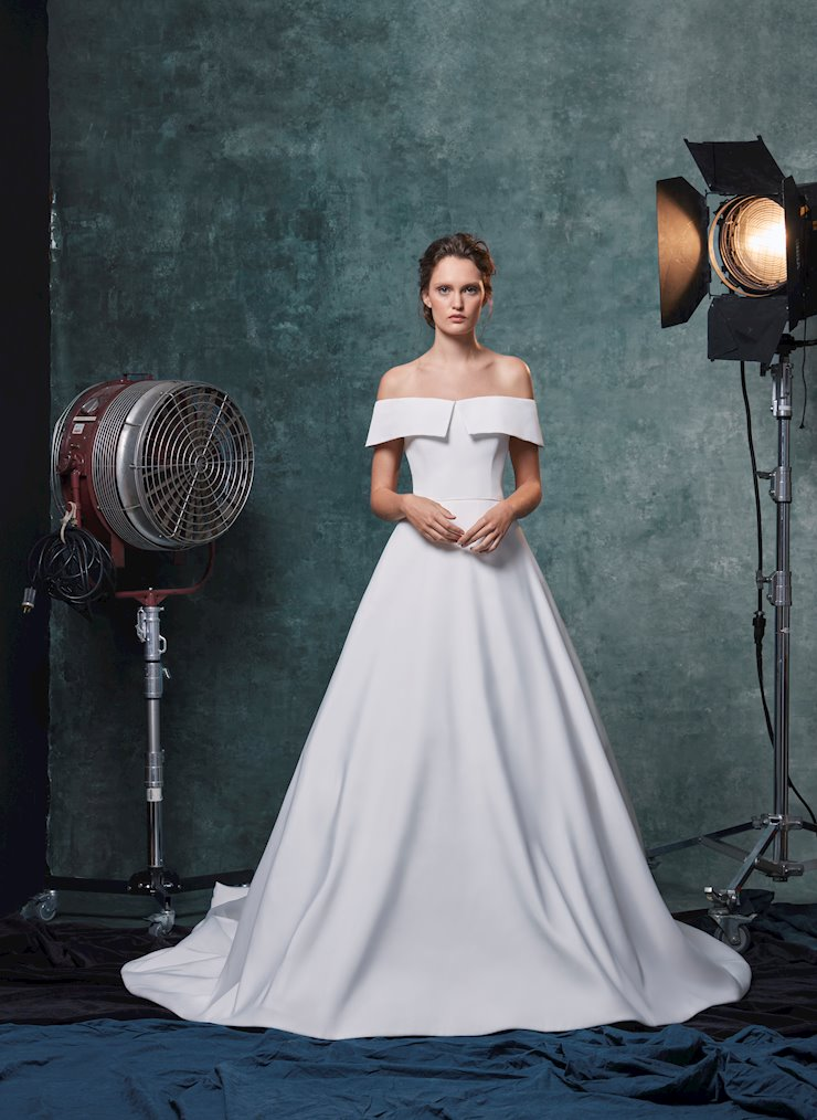 Sareh Nouri Style Angelina  Image