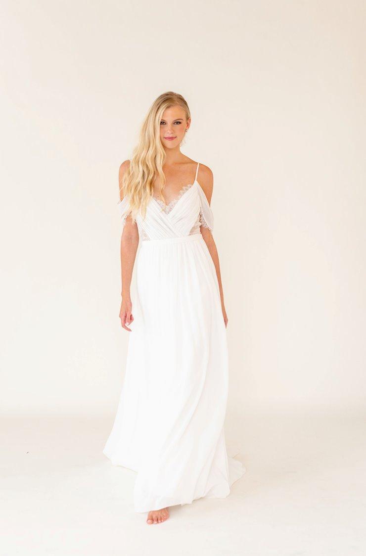 Desiree Hartsock Style #Caroline Image