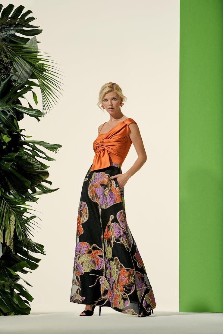 Carla Ruiz Style #96606