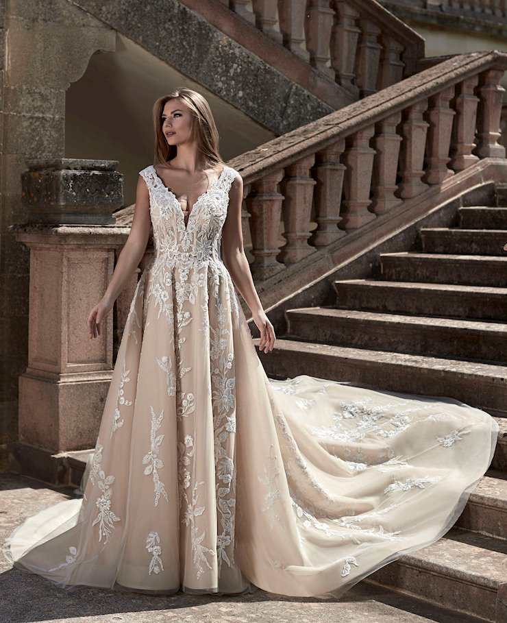 Venus Bridal Style No. VE8428 Image