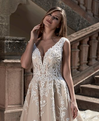 Venus Bridal Style #VE8428