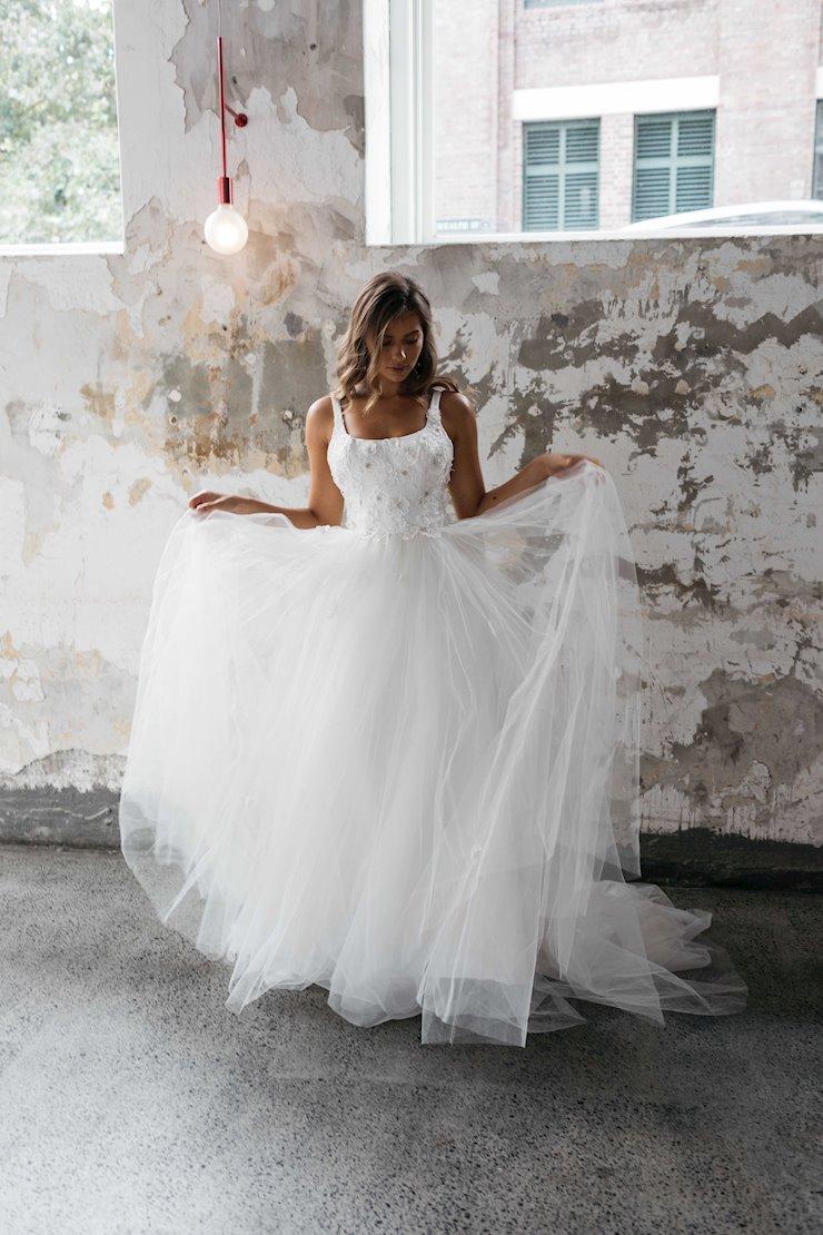 Renée Grace Style #Serena Image