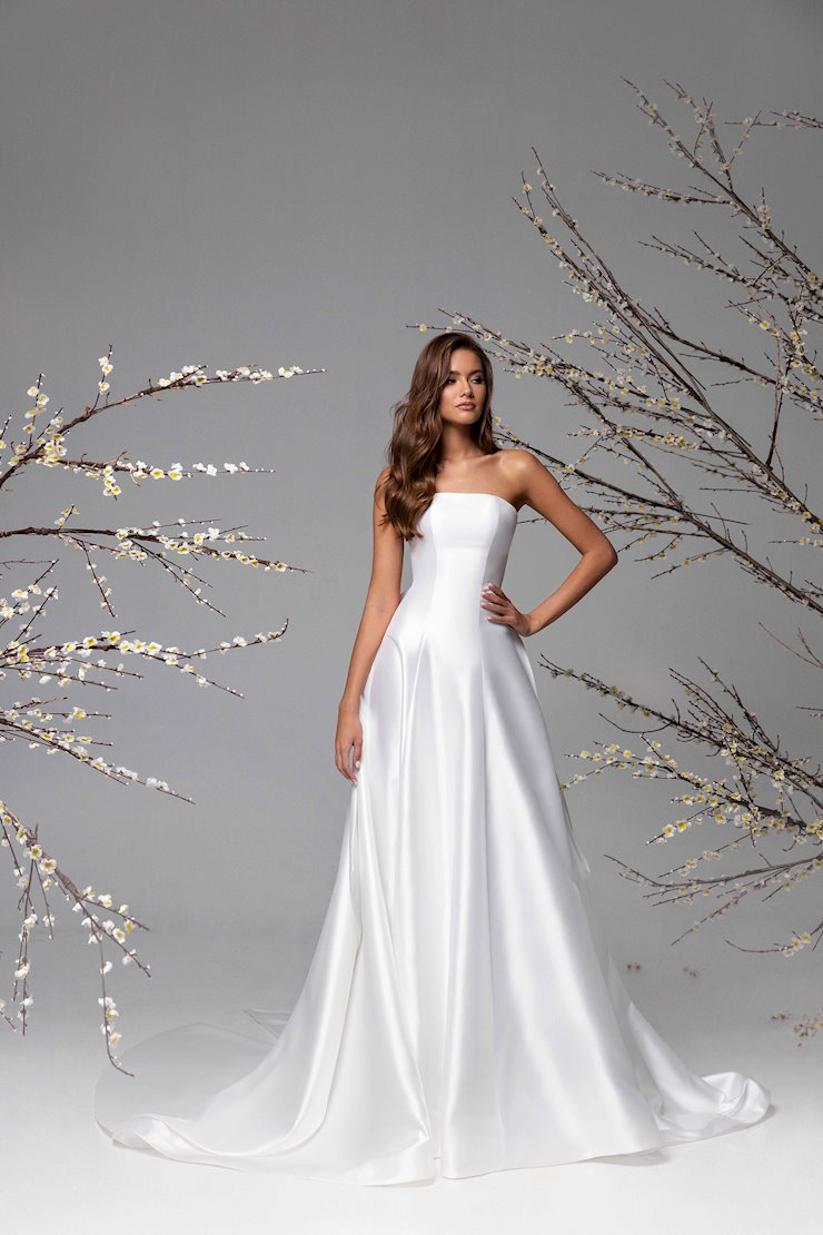 Ricca Sposa Style #21-031 Image