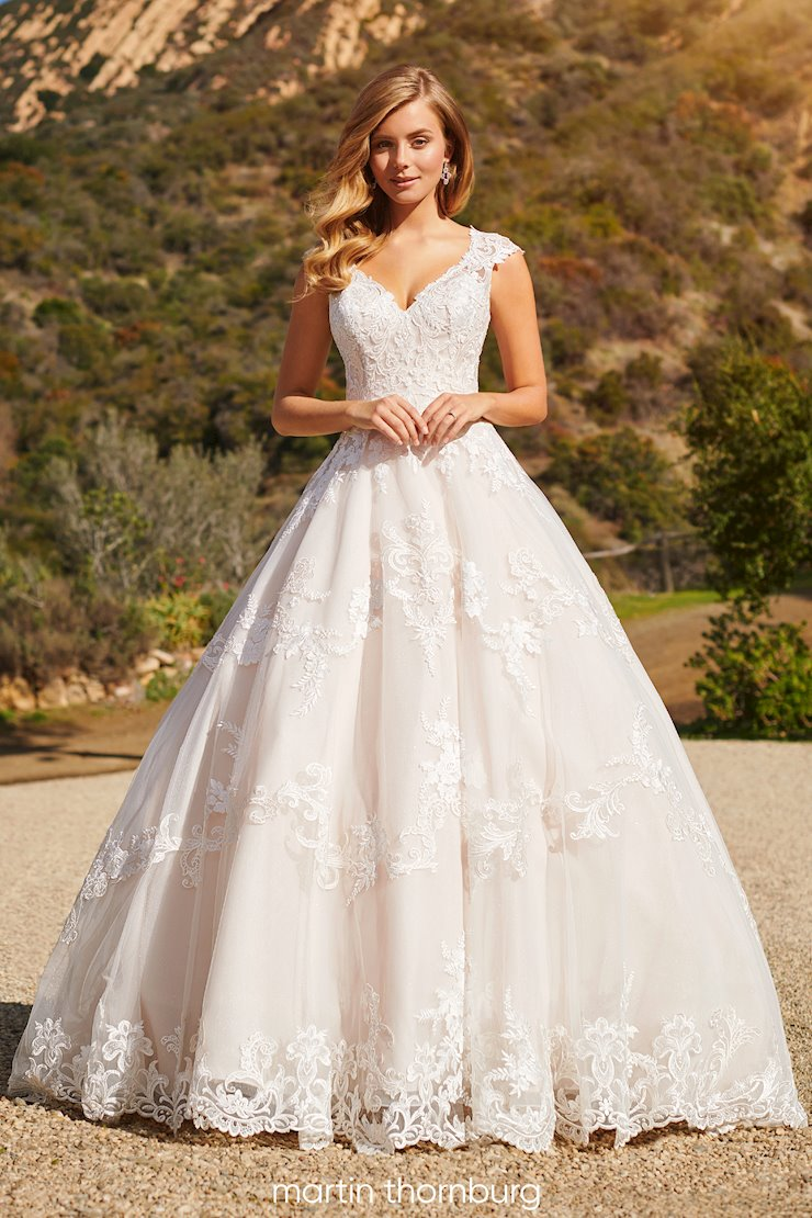 Davenport Beautiful lace over sparkle tulle A-line gown with sweetheart bodice