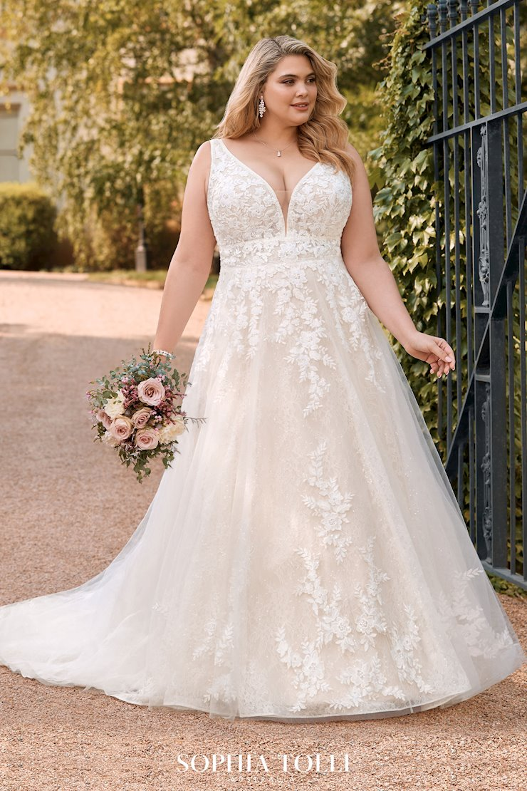 Floral Bohemian A-Line Wedding Dress Annika