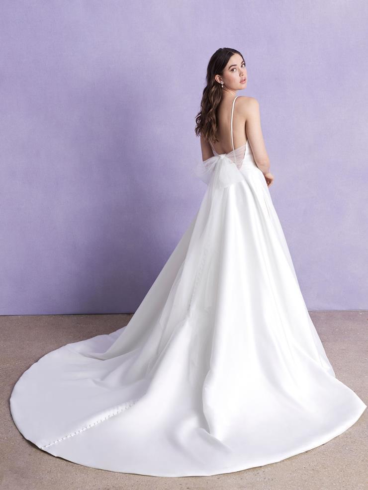 Allure Romance Style: 3356