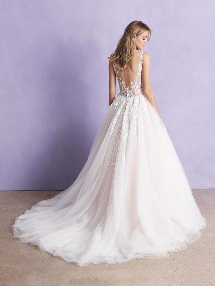 Allure Romance Style: 3358