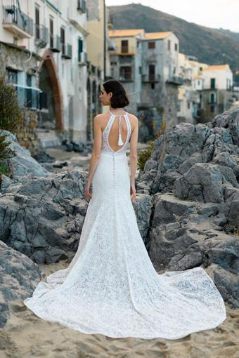 Allure Wilderly Bride Bianca