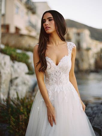 Allure Wilderly Bride Carli