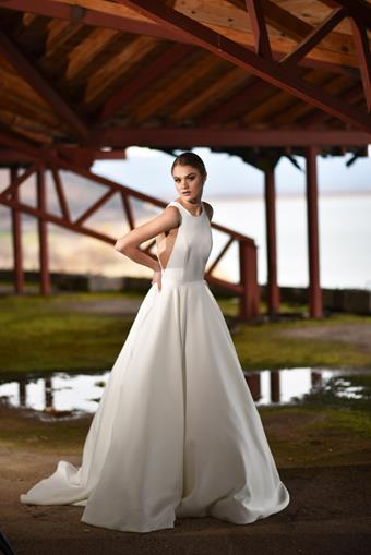Monsolo Couture Flawless