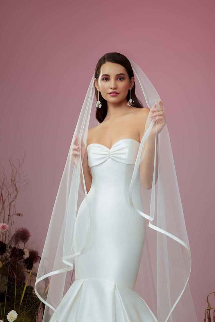 Accessories By Anne Barge Style #Vow Veil  Image