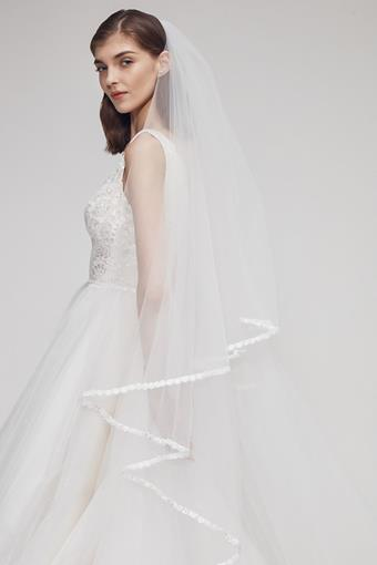 Accessories By Anne Barge Style #Weston Veil
