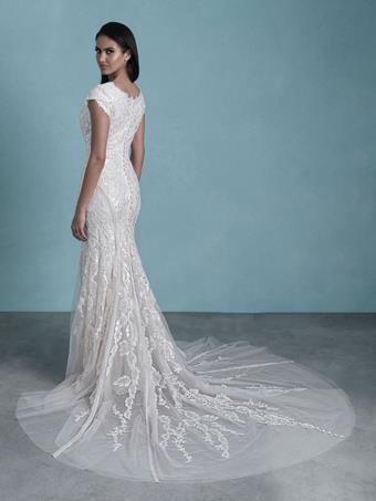 Allure Bridals M657B