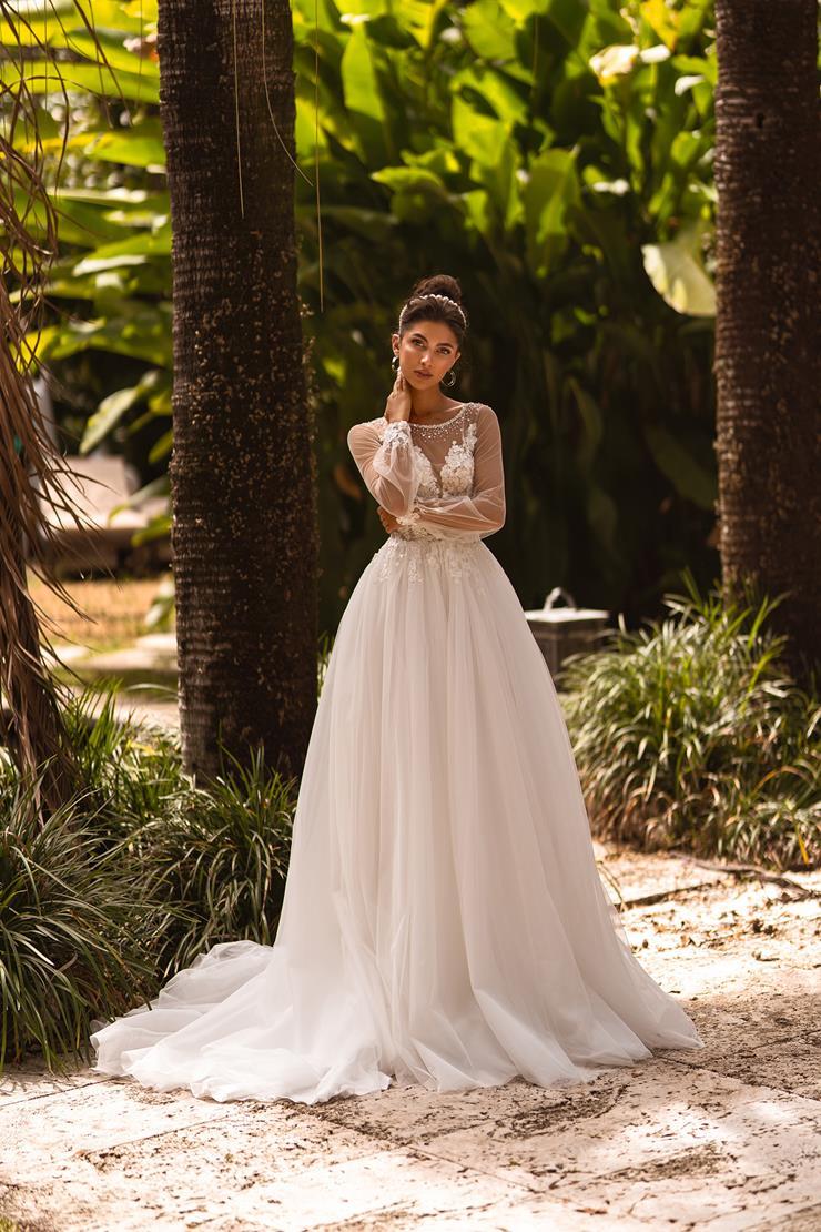 Aria Bride #Regina  Image