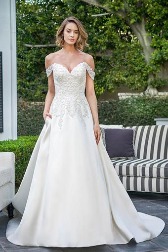 Collection by Jasmine Style #F221069