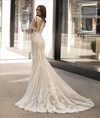 Pronovias Andrews